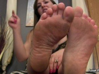 fetish-princess kristi dirty feet pov&humiliation