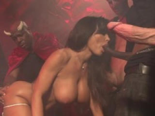 Lisa Ann Gang Bang & Bukkake
