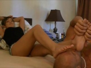 Freak under foot- Beautiful Latina