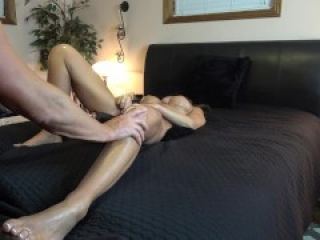SEXY WIFE MISSIONARY FUCKS THICK DILDO MACHINE-LEGS UP ORGASMS