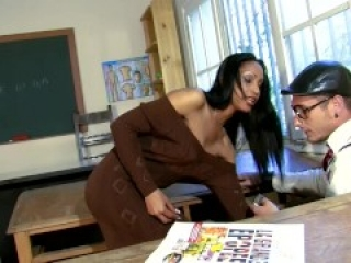 Spanish teacher's pussy punished by student