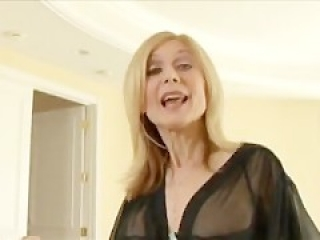 GILF Nina Hartley gets an anal