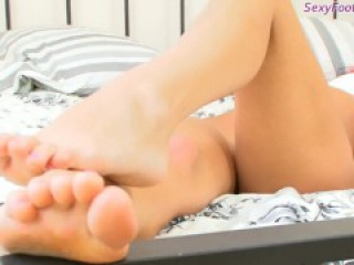 Ultra Sexy Feet from the Russian girl